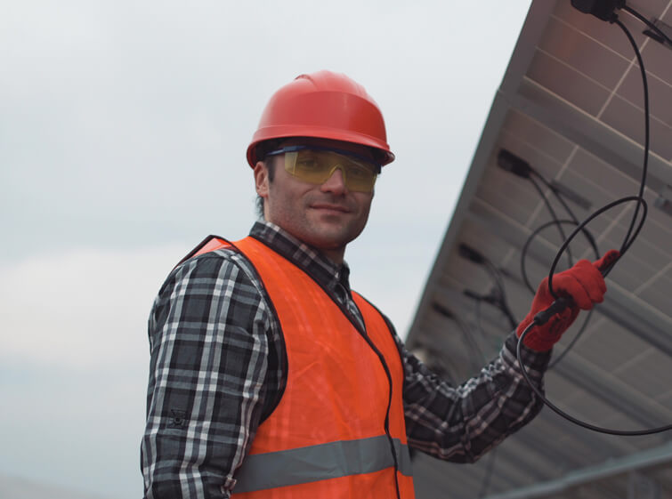 img-operations-solar-panel2